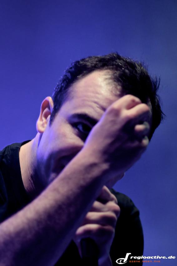 Future Islands (live auf dem Maifeld Derby 2014)